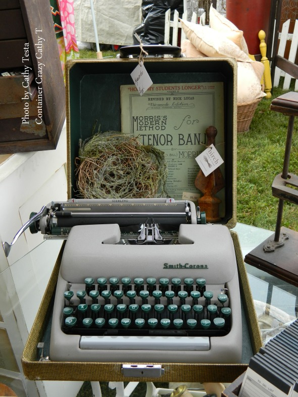 Old Typewriter as Decor
