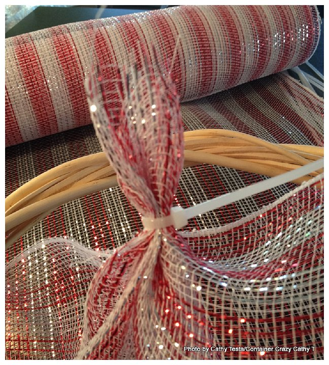 Using Zip Ties to attach Deco Mesh Ribbon to your Decorating Projects (2/6)