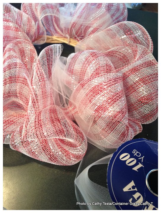 Using Zip Ties to attach Deco Mesh Ribbon to your Decorating Projects (6/6)