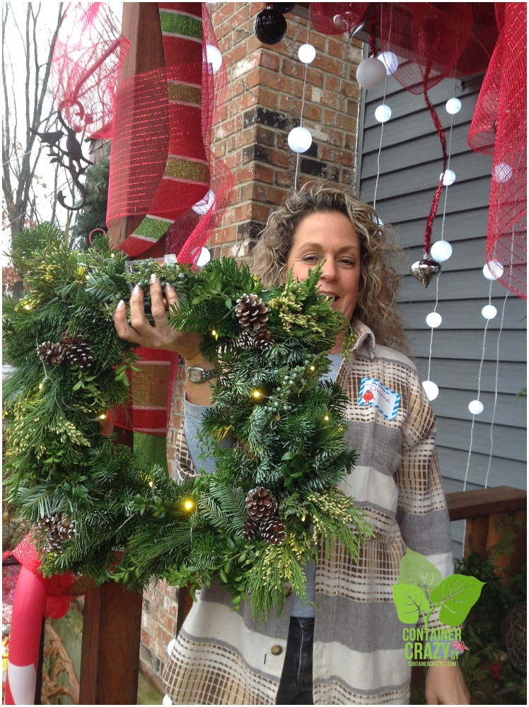 We Put Lights in Our Holiday Kissing Balls and Wreaths (3/6)