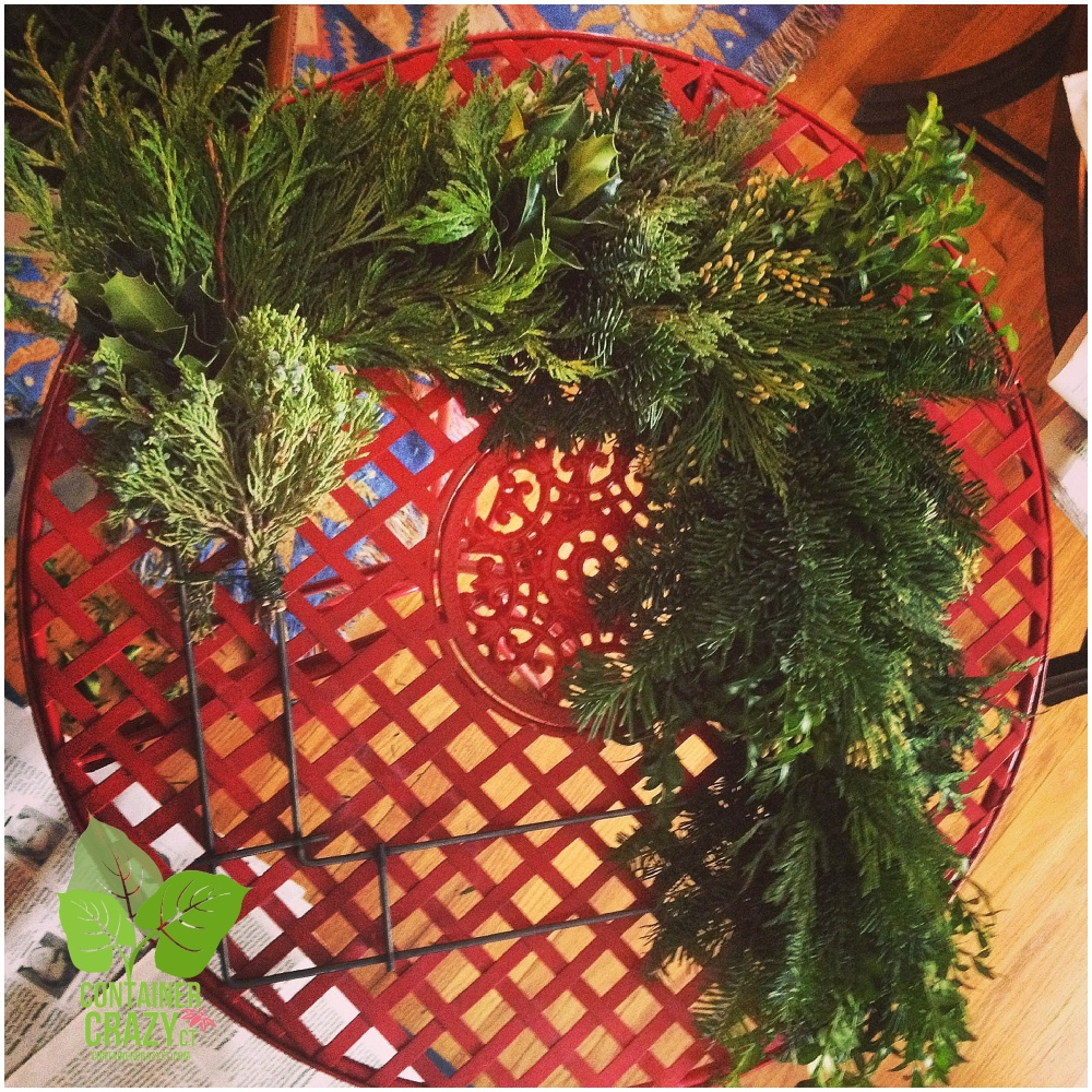 My First Square Wreath Done! (5/6)